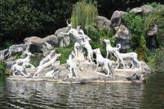 Actaeon skulpturgrupp i kaskaden av Caserta Royaltyfri Foto