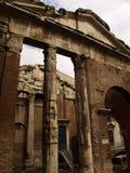 actavianoitaly portik rome Arkivbild