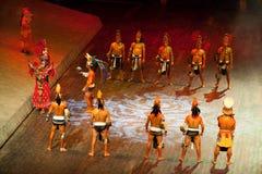 Acteurs perfoming le jeu maya de bille Images libres de droits