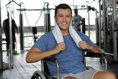 Actieve mens met een handicap stock afbeelding