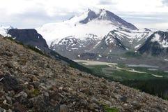 Actieve stratovolcano zet Garibaldi op stock foto's