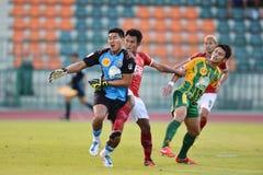 Action dans la ligue première thaïlandaise Photos libres de droits