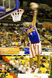Action de basket-ball de Globetrotters de Harlem (brouillée) Photos libres de droits