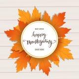 Action de grâces heureuse Bannière de vente pour le jour de thanksgiving Remettez le lettrage sur le fond en bois avec l'automne  Images stock