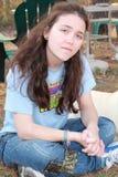 Actitud adolescente joven de la muchacha Imagen de archivo