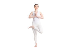Actitud de Ardha Padma Vrikshasana de la yoga Fotografía de archivo