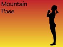 Actitud de la montaña de la mujer de la yoga Imagen de archivo libre de regalías