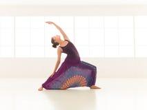 Actitud de la yoga de Urdhva Virabhadrasana Imagenes de archivo