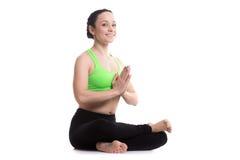 Actitud de la yoga del registro del fuego Imagen de archivo