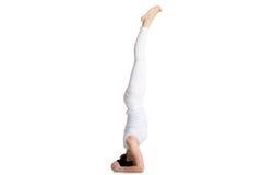 Actitud de la yoga del sirsasana I de Salamba Fotografía de archivo libre de regalías