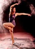 Actitud rosada de la danza del polvo Fotografía de archivo