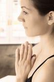 Actitud tradicional de la yoga Fotos de archivo
