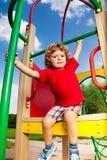 Active auf Spielplatz Stockfoto