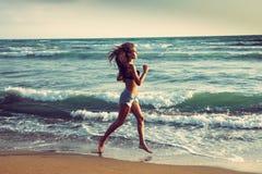 Active auf Strand Lizenzfreies Stockbild