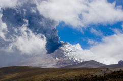 Active Cotopaxi volcano erupting Royalty Free Stock Photography