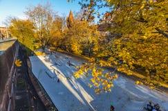 Active de Skatepark- en día soleado Imagen de archivo libre de regalías