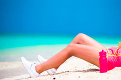 Active fit young woman in her sportswear during beach vacation Royalty Free Stock Images