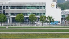 Actividad de aeropuerto en el aeropuerto de Munich, MUC Alemania