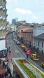 Actividad diaria en el centro histórico de la ciudad de Quito Foto de archivo