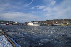 Actividad en el puerto de Halden Fotos de archivo libres de regalías