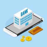 Actividades bancarias móviles con el edificio de banco Fotografía de archivo libre de regalías
