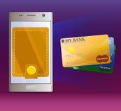 Actividades bancarias móviles virtuales y tres tarjetas de banco Fotos de archivo
