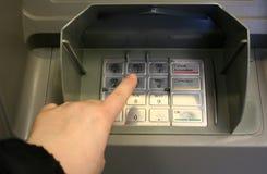 Actividades bancarias personales Fotos de archivo libres de regalías