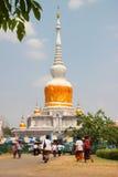 Actividades de la gente tailandesa en el día de Magha Puja Foto de archivo libre de regalías