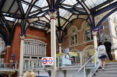Actividades en la estación de Liverpool, Londres foto de archivo