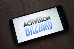 Activision Blizzard inc. logo montr? sur le smartphone images stock