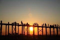 Activité dans le coucher du soleil Images stock