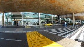 Activité en dehors de l'aéroport international d'EL Dorado dans la ville de Bogota Image stock