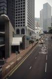 Activité mobile sur la scène de rue passante dans la ville Photographie stock libre de droits
