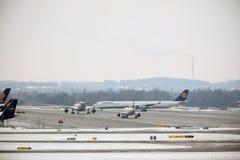 Activité plate d'aéroport dans l'aéroport MUC de Munich Photo libre de droits