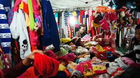 Activity of traveler (tourist) in outdoor market at night Royalty Free Stock Photos