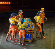 Acto de circo de piratas Fotos de archivo