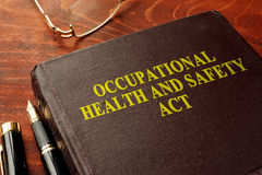Acto OHSA de las seguridades y saludes laborales del título imágenes de archivo libres de regalías
