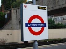 Acton Grodzki Podziemny wyjście w Londyn Fotografia Royalty Free