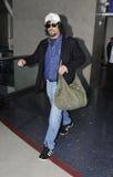 Actor Benicio Del Torro am LOCKEREN Flughafen Lizenzfreie Stockfotografie