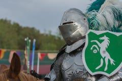 Actor como caballero medieval Fotos de archivo