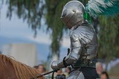 Actor como caballero medieval Foto de archivo libre de regalías