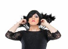 Actor Drag Queen Dressed como mujer que muestra emociones Fotos de archivo libres de regalías