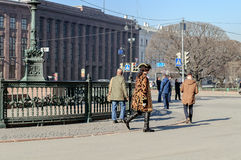 Actor in the image of Peter the Great walks among the tourists on St. Isaac's Square Royalty Free Stock Photos