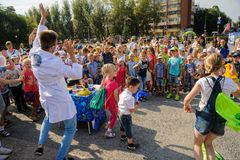 The actor shows scientific focuses. Tyumen. Russia Royalty Free Stock Photos