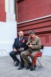 Actoren in de beelden van Lenin en Stalin dichtbij het Kremlin royalty-vrije stock afbeelding
