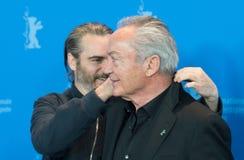 Actoren Joaquin Phoenix en Udo Kier tijdens Berlinale 2018 Stock Afbeelding