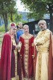 Actoren in middeleeuwse kleren Bulgaarse koning en koningin Stock Foto