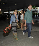 Actress Singer Jessica Simpson & boyfriend at LAX Royalty Free Stock Photos