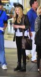 Actrice Chloe Moritz à l'aéroport de LAX Image libre de droits