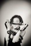 Actrice de sourire avec le por noir et blanc de vintage d'extrait de film de film Photographie stock libre de droits
